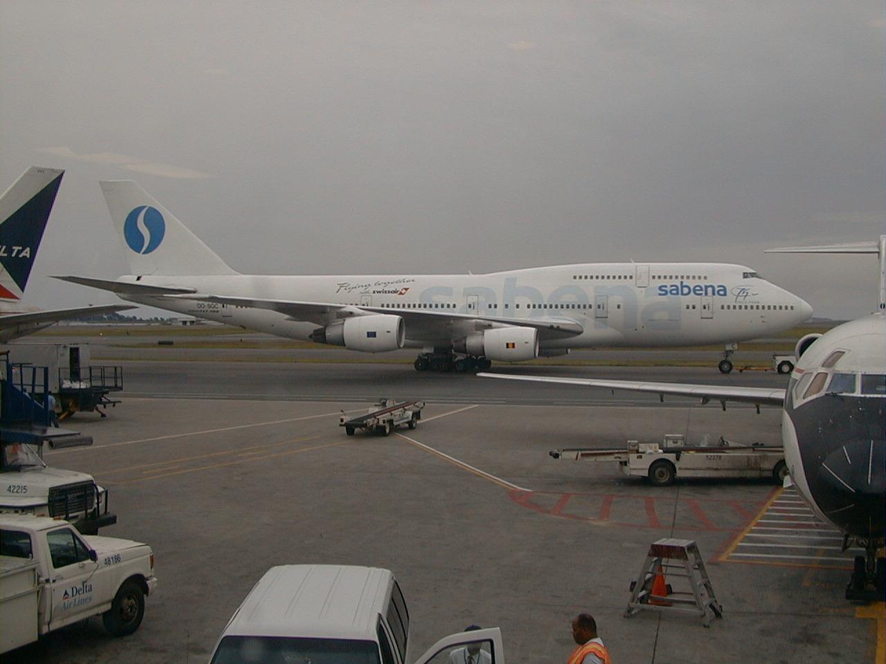 File:SABENA Boeing 747-329(SCD) (OO-SGD 24837 810) (5250545865 ...